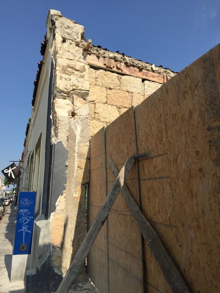 Detalle de la demolición por Padre Mier, SV 2015