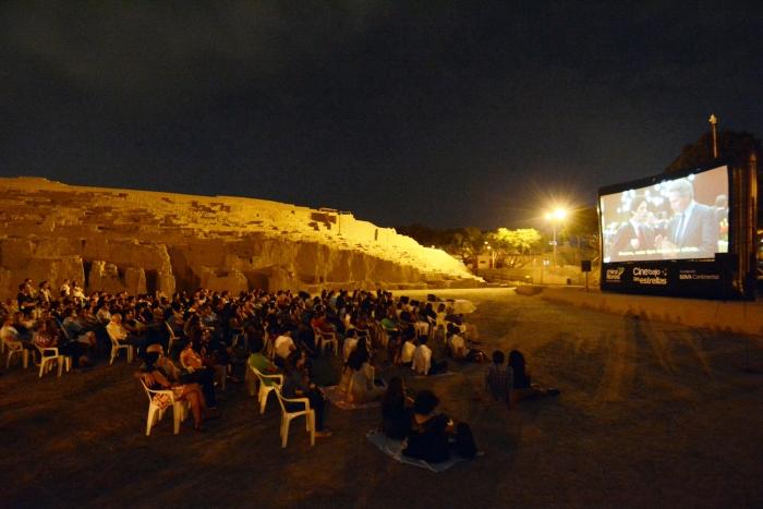 cine bajo las estrellas en la huaca pucllana